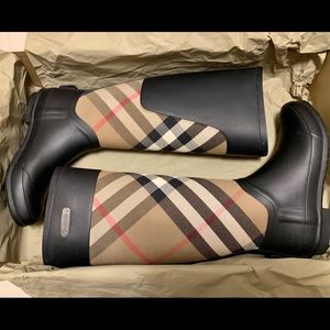 Clemence Burberry Rainboots